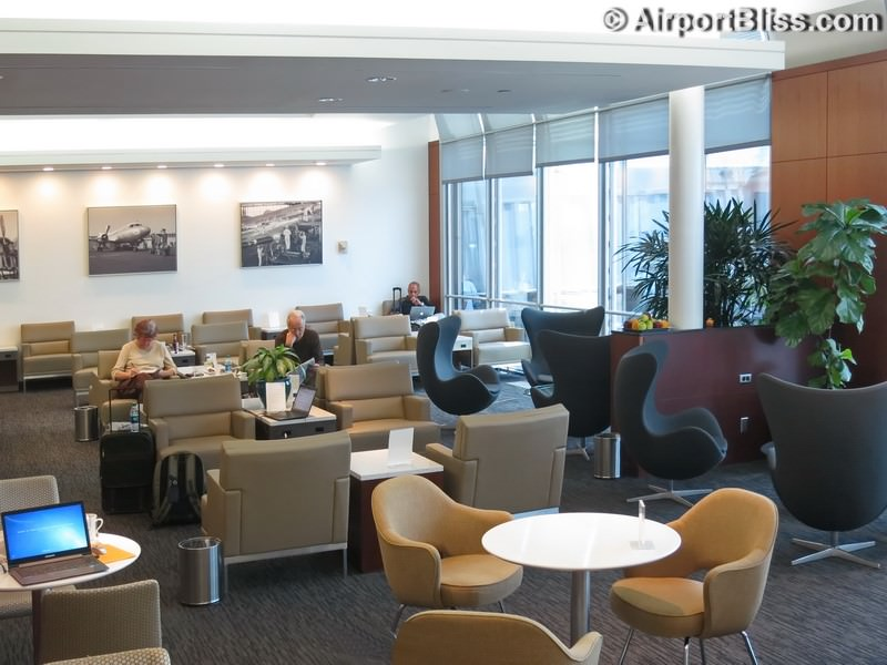 United Global First Lounge Chicago Il O Hare