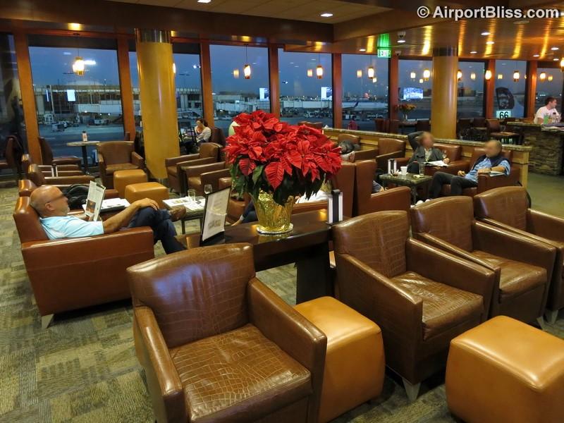Alaska Lounge – LAX | LoungeReview.com