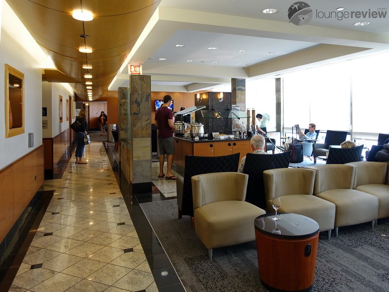 Lounge Review Delta Sky Club Ord Loungereview Com