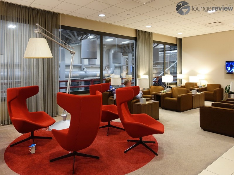 Lounge Review Klm Crown Lounge Iah Loungereview Com