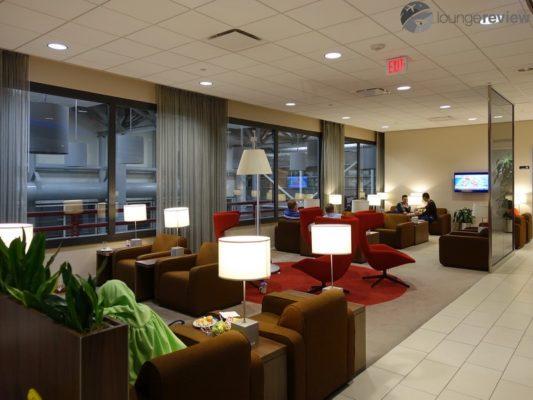KLM Crown Lounge – IAH (Houston, TX - George Bush Intercontinental (IAH))