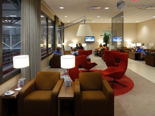 Klm Crown Lounge Houston Tx George Bush