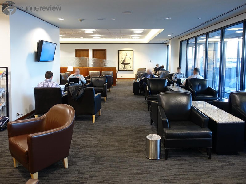 Delta American Express Login >> Lounge Review: United Club – IAD C7 – LoungeReview.com