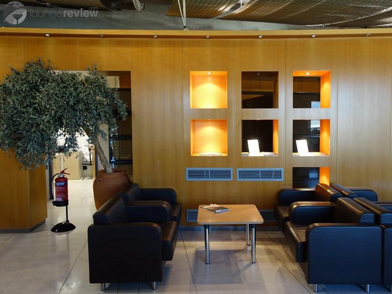 Αποτέλεσμα εικόνας για airport lounge Melina Merkouri Athens
