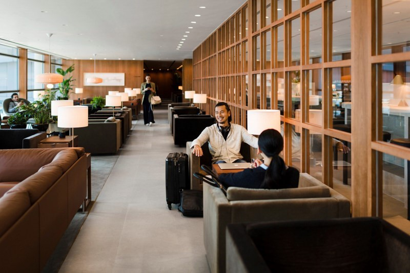 Lounge review cathay pacific the pier business class lounge at hong kong sar chek lap kok - Qatar airways paris office ...