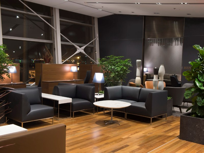 Delta American Express Login >> Lounge Review: Air Canada Maple Leaf Lounge – YUL ...