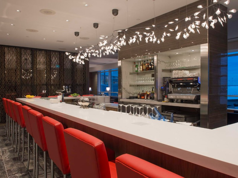 Air Canada opens a rejuvenated international lounge at Vancouver airport